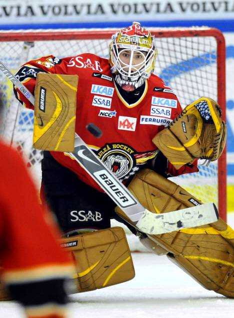 Penguins Acquire and Sign Goaltender Mattias Modig