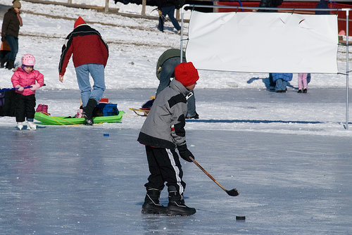 "Kids May ""Try Hockey For Free"" at the Winter Classic Community Rink"