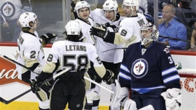 Game 4: Penguins Fall to Jets 4-2
