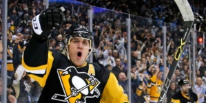 Was the NHL's Top 100 simply a popularity contest? Evgeni Malkin's omission makes it look that way